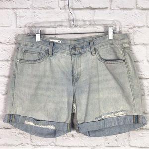 GAP Sexy Boyfriend Light Wash Rolled Hem Shorts 27